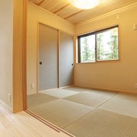 琉球畳を使ったモダン和室